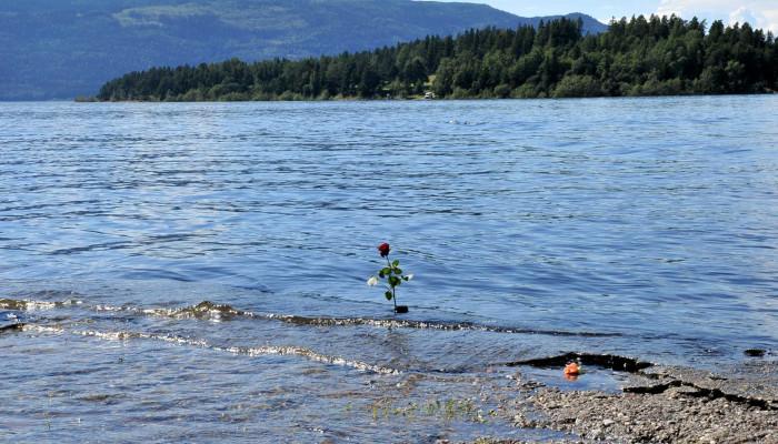 Tíz év – a terrorra adott irodalmi válaszok Norvégiában